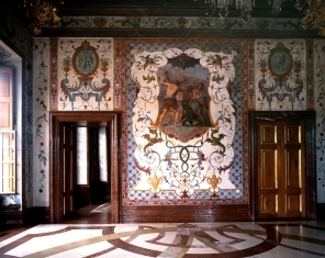 hall of grotesques belvedere